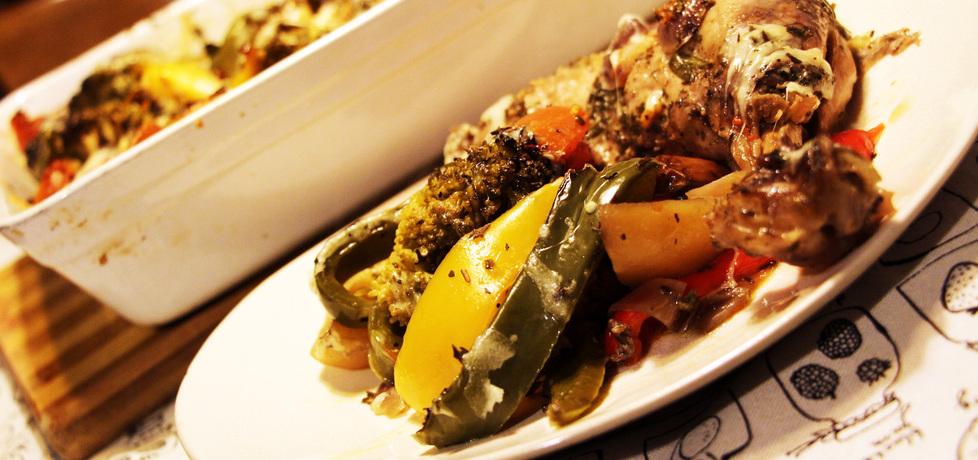 Kurczak w winnej marynacie zapiekany z warzywami (autor ...