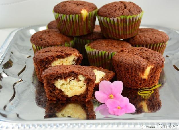 Muffinki izaura (czekoladowe z twarogiem)