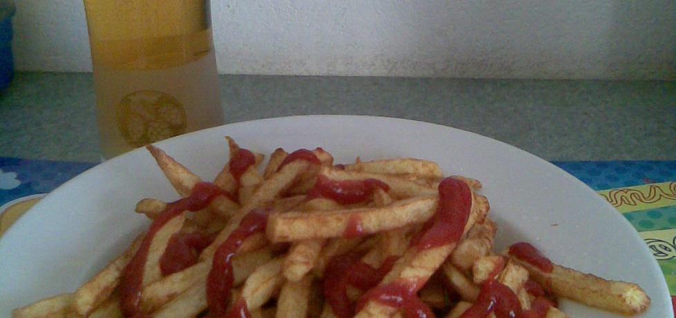 Frytki z keczupem i ziarenkami smaku (autor: margo1 ...