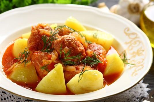 Pulpety z indyka w sosie pomidorowym jak zrobić?  zobacz na ...