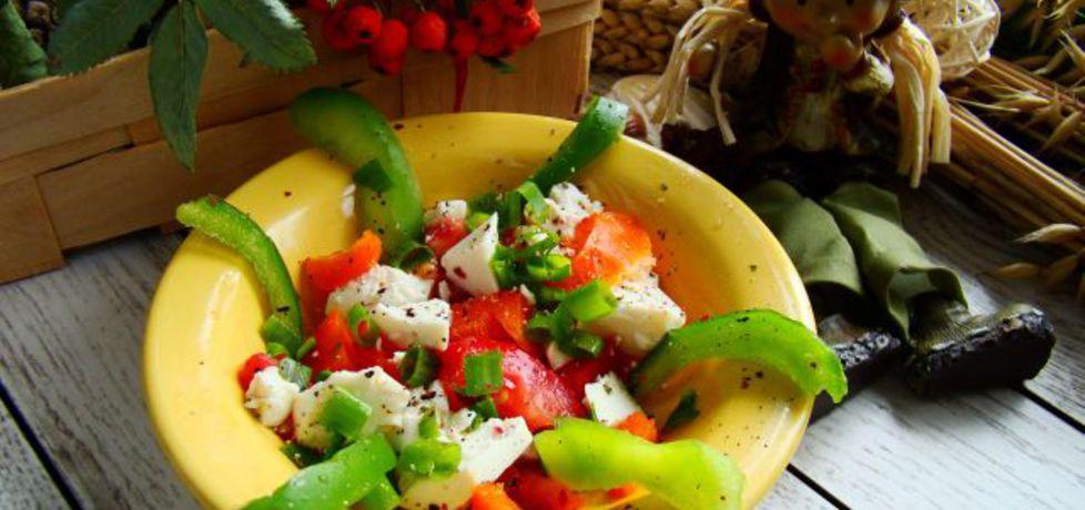 Sałatka z kolorowej papryki i tofu (autor: iwa643)