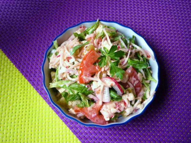 Przepis  mix sałat z rzodkiewką i pomidorami przepis