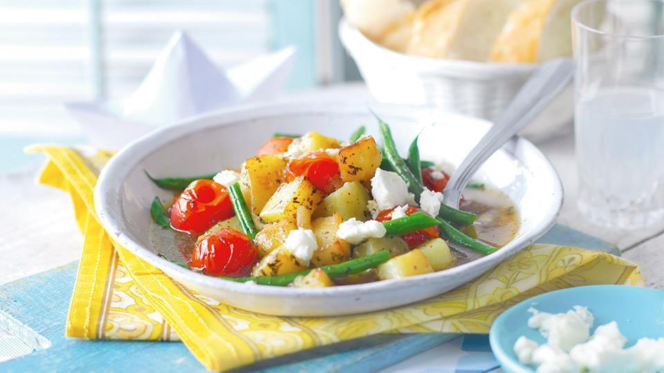 Duszone warzywa z fasolką i ziemniakami