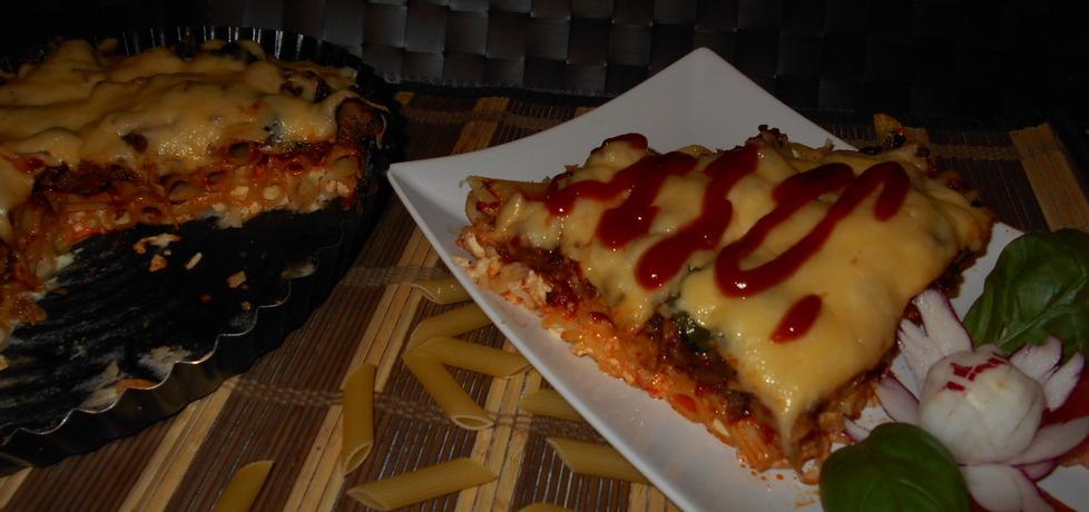 Makaronowa pizza z wieprzowiną (autor: beatris)