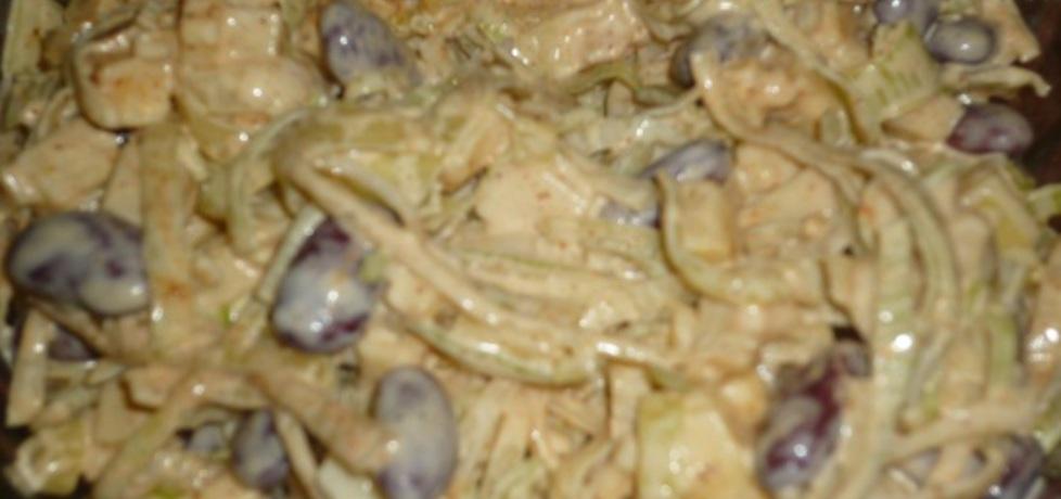 Pikantna sałatka serowa (autor: wafelek2601)