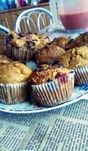 Fit muffinki z truskawkami i rabarbarem