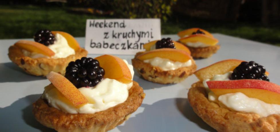 Babeczki z owocami i bitą śmietaną (autor: ilonaalbertos ...