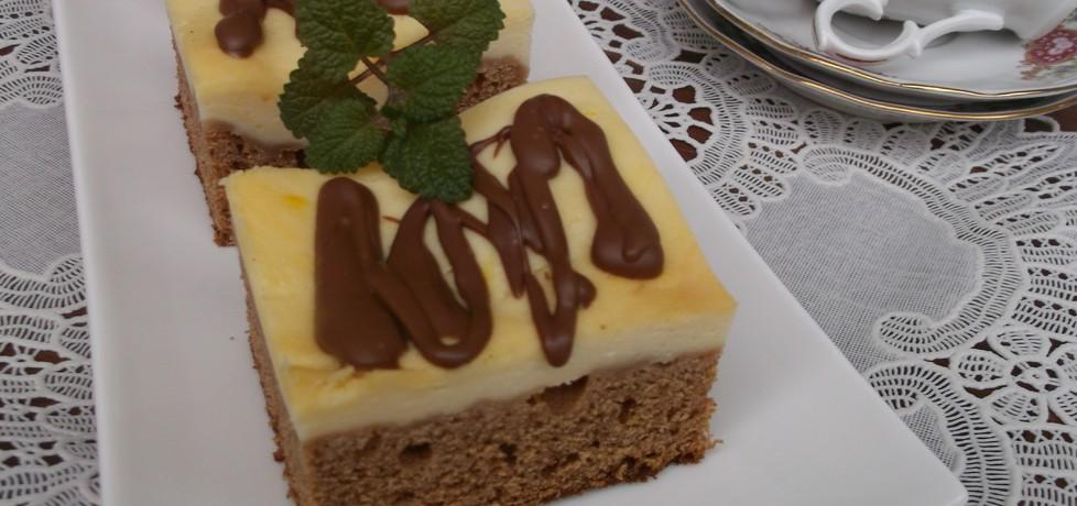 Sernik na pierniku z polewą czekoladową. (autor: babeczka35 ...