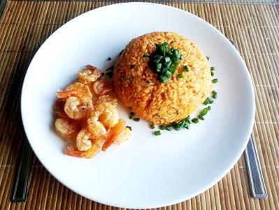 Ryż z jajkiem i krewetkami