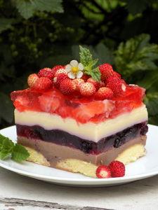 Letnie ciasto ptasie mleczko z owocami