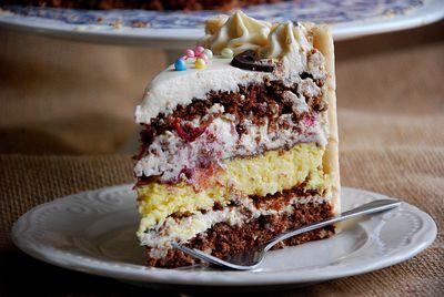 Tort orzechowo