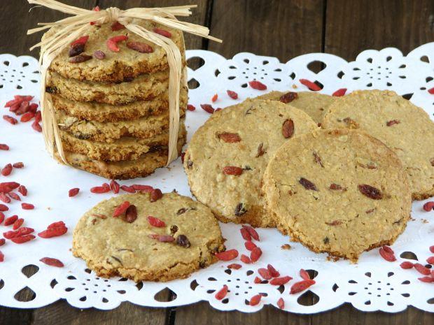 Przepis  ciasteczka owsiane z jagodami goji przepis