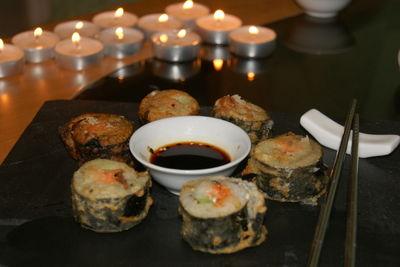 Sushi maki na ciepło w tempurze