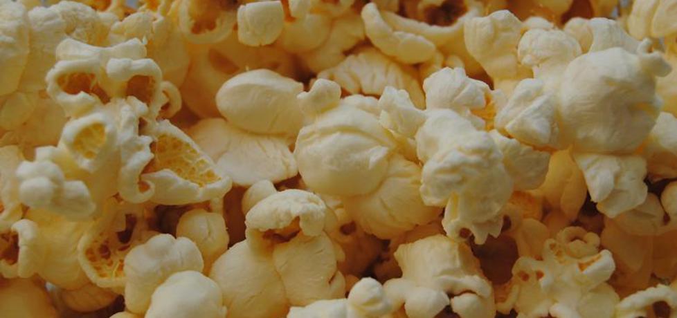 Popcorn z masłem czosnkowym. (autor: alicjaja)
