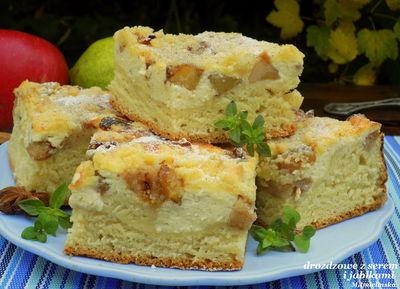 Drożdżowe z serem, jabłkami i gruszkami