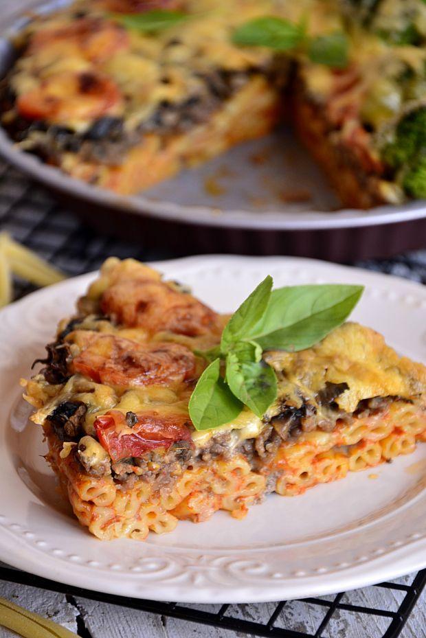 Przepis  zapiekanka makaronowa a'la pizza przepis