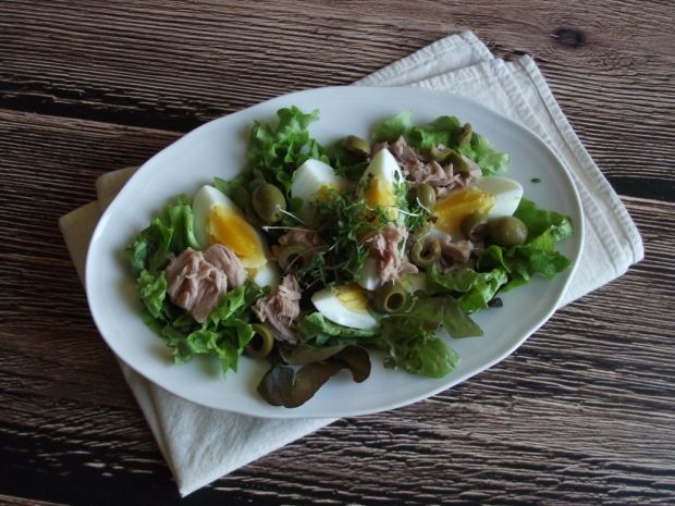 Przepis  sałatka z tuńczykiem przepis