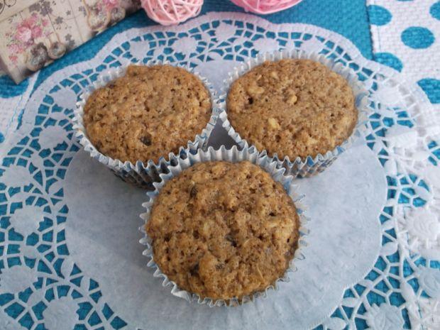 Przepis  muffiny owsiane z rodzynkami przepis