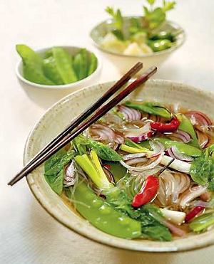 Zupa wiosenna po wietnamsku  prosty przepis i składniki