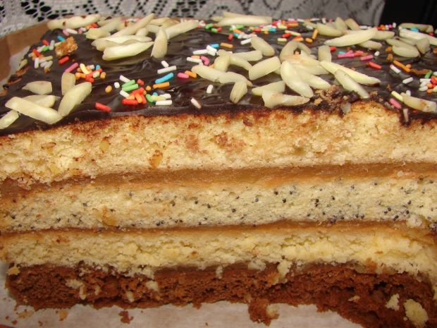 Przepis  ciasto tortowe z jabłkami przepis