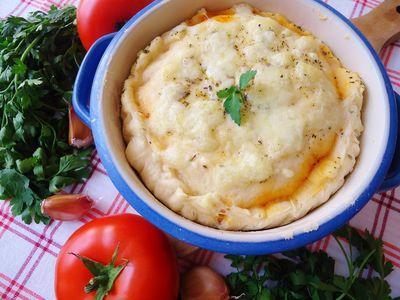 Tarta drożdżowa pod pierzynką z mozzarelli
