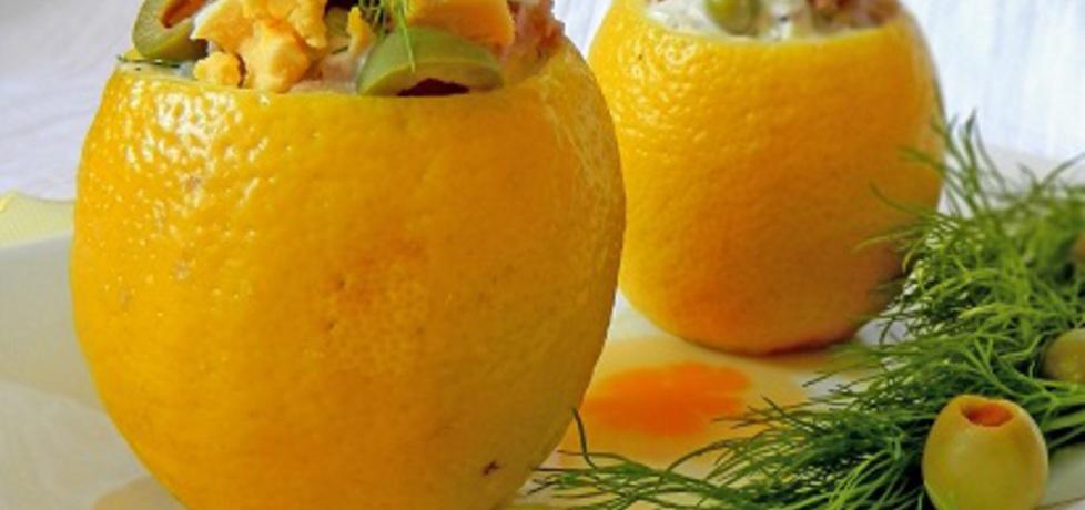 Cytryny faszerowane lekką sałatką z tuńczykiem (autor: lucja ...