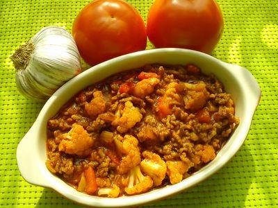 Potrawka z mięsa mielonego z kalafiorem