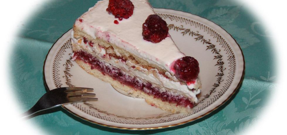 Tort malinowy z mascarpone (autor: fotoviderek)
