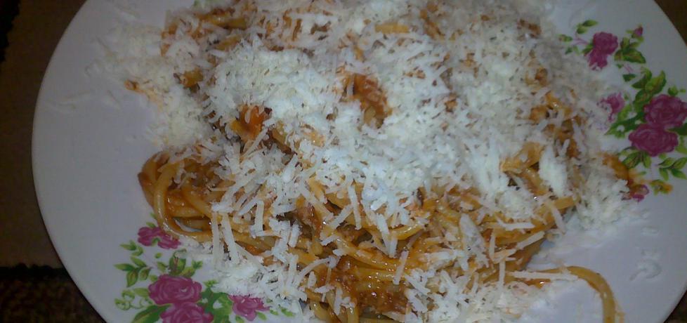 Spaghetti z sosem domowym (autor: ewelina45)