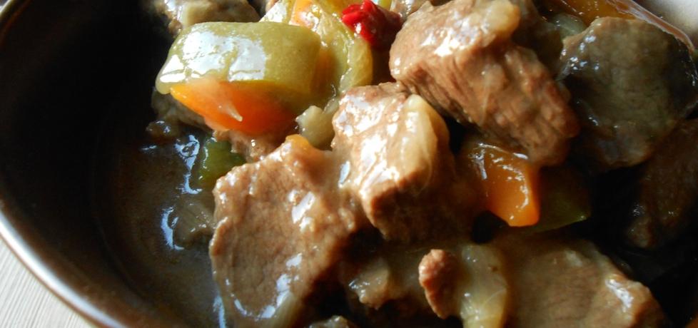 Ostry gulasz wołowy. (autor: benka)