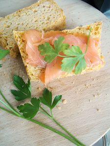 Bezglutenowy chleb z marchewką