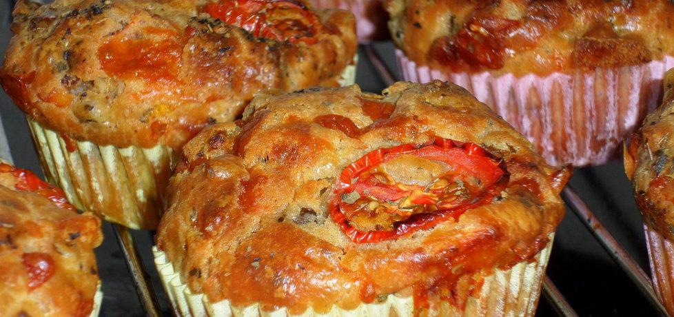 Muffiny pizzowe (autor: justyna92)
