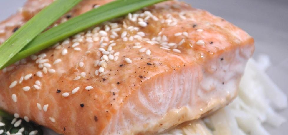 Polędwica z łososia pieczona w sosie teriyaki (autor: azgotuj ...