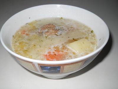 Zupa prezydencka z pulpetami