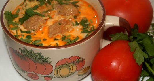 Pomidorowa z pulpetami