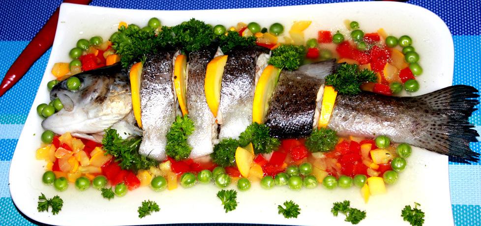 Pstrąg w galarecie z kolorowymi warzywami (autor: iskierka.ag ...