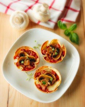 Minipizze z tortilli  prosty przepis i składniki