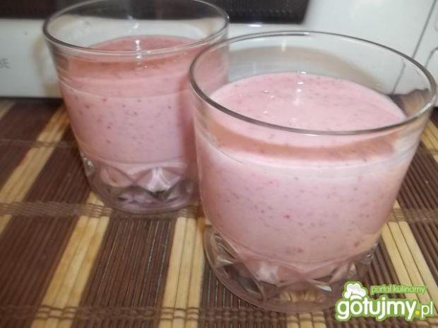 Przepis  mleczko poziomkowo-truskawkowe przepis