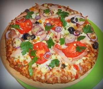 Pizza włosko-grecko