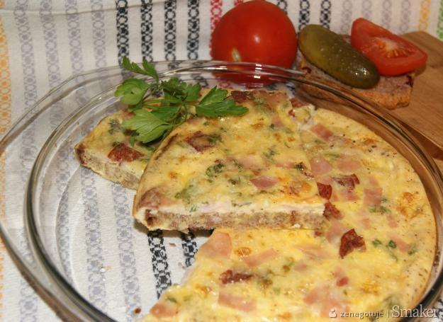 Omlet chlebowo-jajeczny