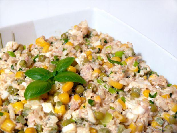 Przepis  sałatka z tuńczyka i ryżu przepis