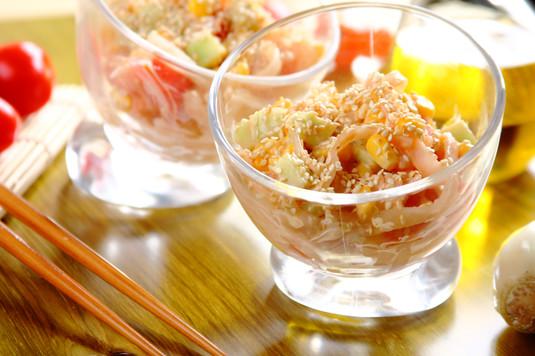 Chińska sałatka makaronowa