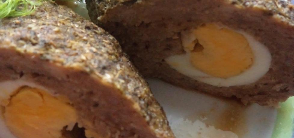 Klops pieczony z jajkiem (autor: smacznab)