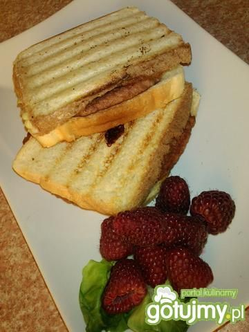 Przepis  tosty z mięsem hamburgerowym przepis