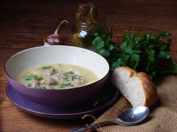 Przepis  zupa ogórkowa z pulpecikami przepis