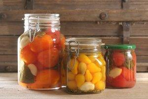 Pomidory w zalewie  prosty przepis i składniki