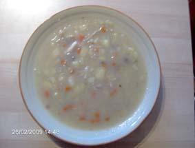Zupa z białej kapusty przepis. gotujmy.pl
