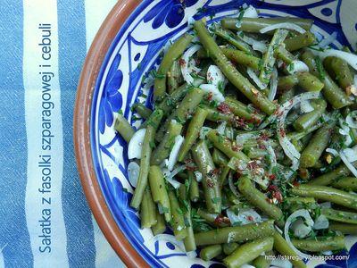 Sałatka z fasolki szparagowej i cebuli