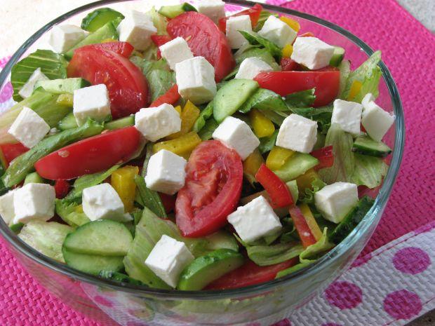 Pyszna sałatka grecka  sałatki
