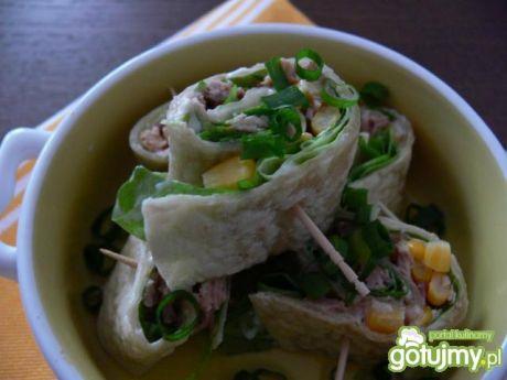 Przepis  ślimaczki z tortilli z tuńczykiem przepis